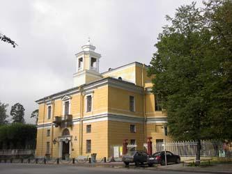 Павловский дворец, церковный корпус